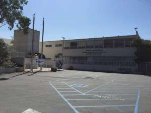 Marina Del Rey - the Art of Birthing Ma Yoga front of building