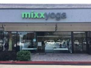 Exterior Mixx Yoga